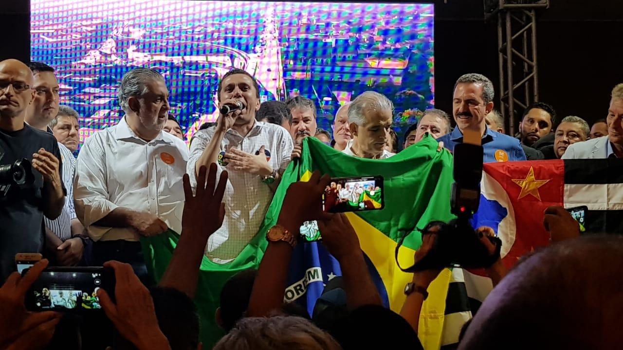 A convite de Pinato, França recebe apoio de centenas de líderes em Fernandópolis